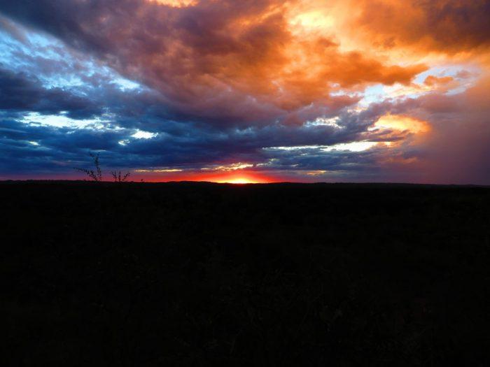 zonsondergang Bekopaka
