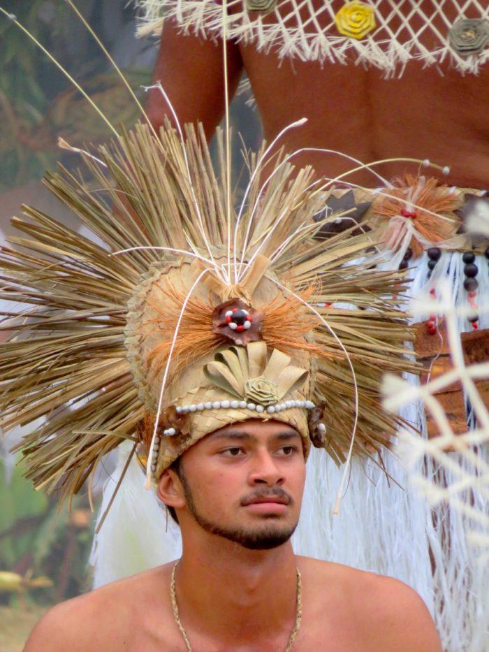 Hoofdtooi mannelijke danser rurutu