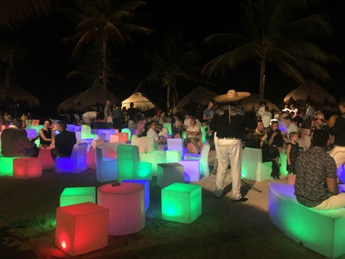massatoerisme kust Mexico: Nieuwjaarsfeest