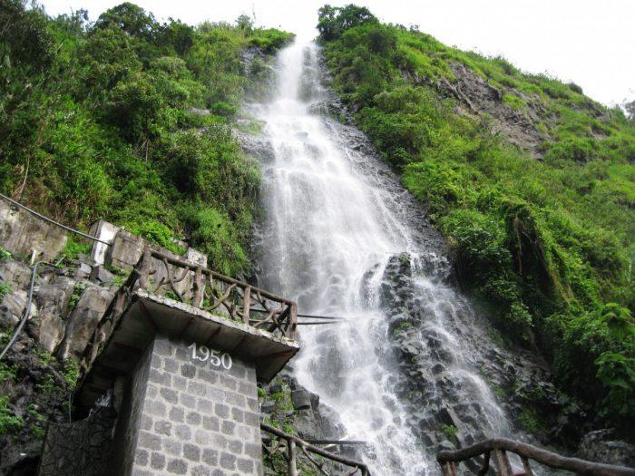 waterval bij Banos