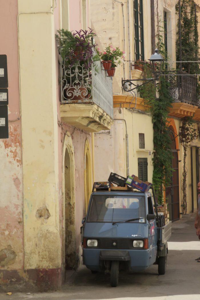 Groenteboer Puglia Italië lie